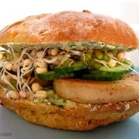 Nutty sandwich